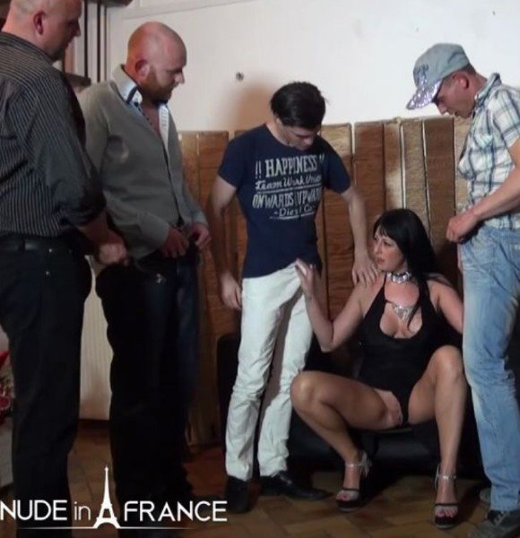 Savannah - Busty 30 yo slut from Belgium double penetrated in a Gang Bang () [SD] - NudeInFrance.com