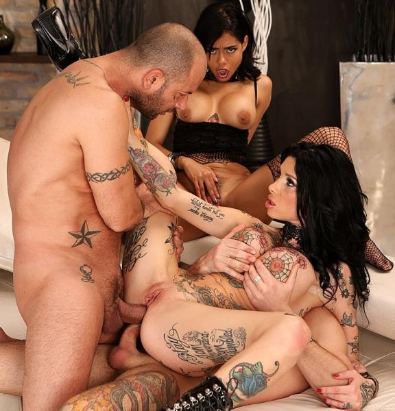 Canela Skin, Megan Inky, Mike Angelo, John Price - Bi MILF/Teen/Stud 3-Way: DP, DVP, DAP! (Teen, Young) [SD] - RoccoSiffredi.com