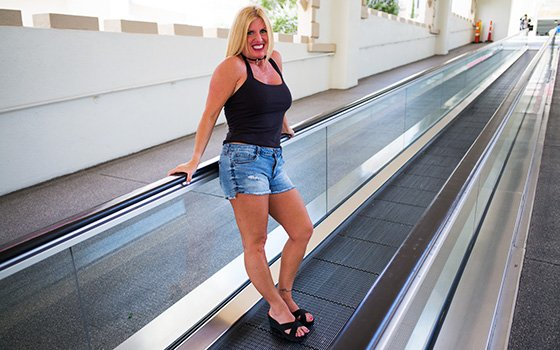 Karie - Thick blonde horny swinger MILF (Blonde) [SD] - MomPov.com