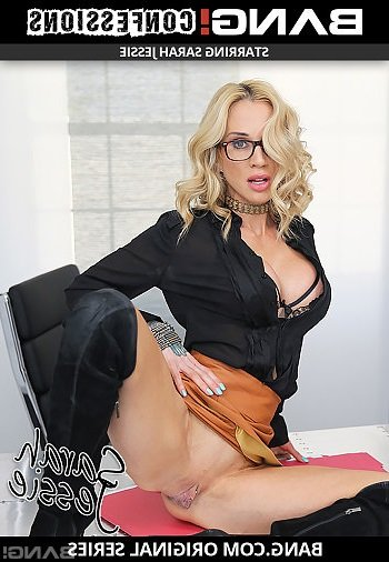 Sarah Jessie - Lets Her Personal Assistant Worship Her Pussy To Keep His Job (Facial) [SD] - Bang.com