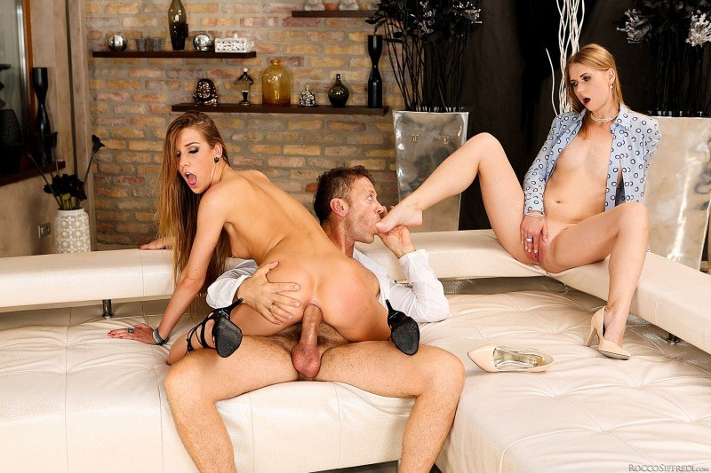 Alexis Crystal, Violette Pink - Violettes Anal Threesome Therapy () [SD] - Roccosiffredi.com