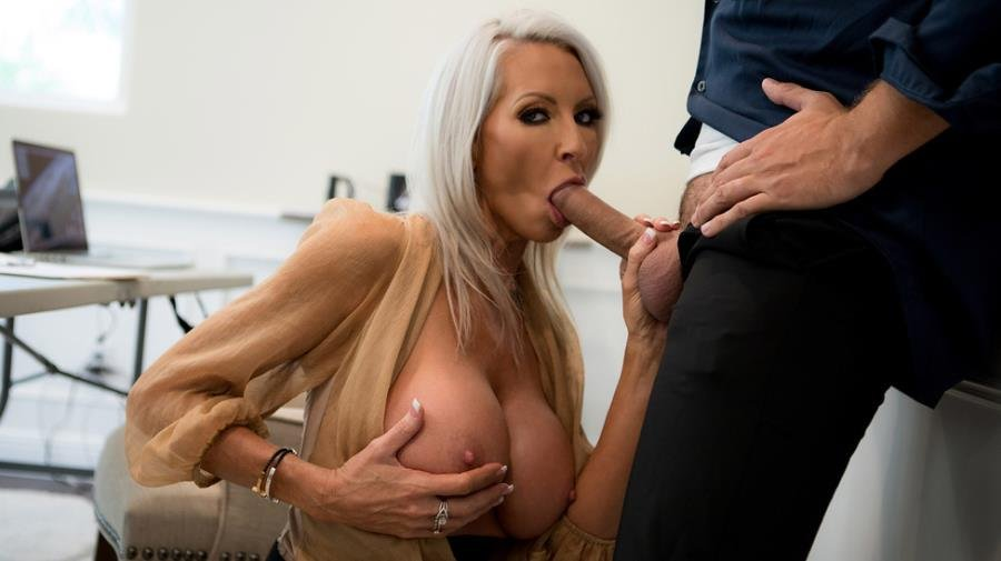 Emma Starr - Pretty Theft (Blonde) [SD] - MilfsLikeitBig