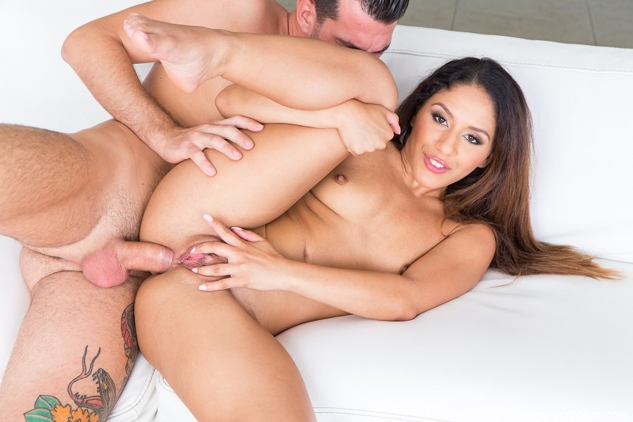 Liv Revamped - Natural Tits (Brunette) [SD] - AllInternal.com / PerfectGonzo.com