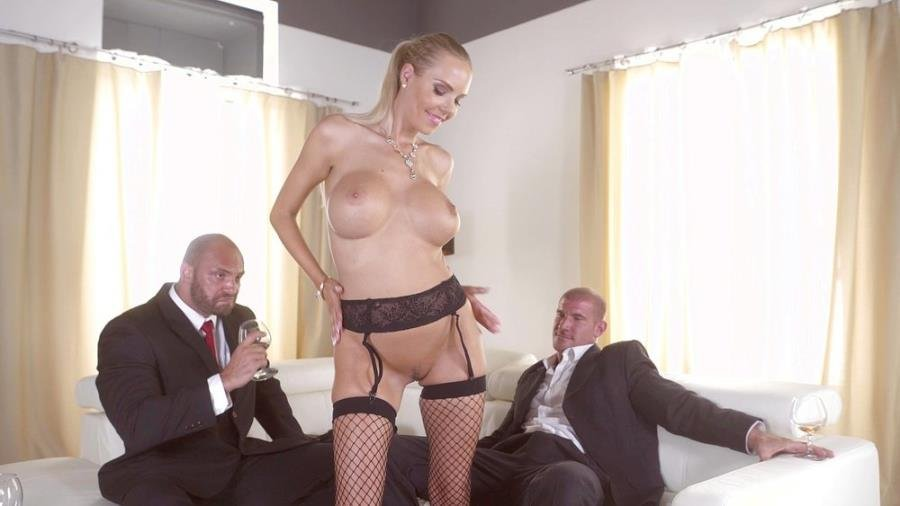 Florane Russell - Florane Russell Gets Both Her Holes Used By Her Husband And His Friend (Blonde) [SD] - Bang! Glamkore / Bang.com