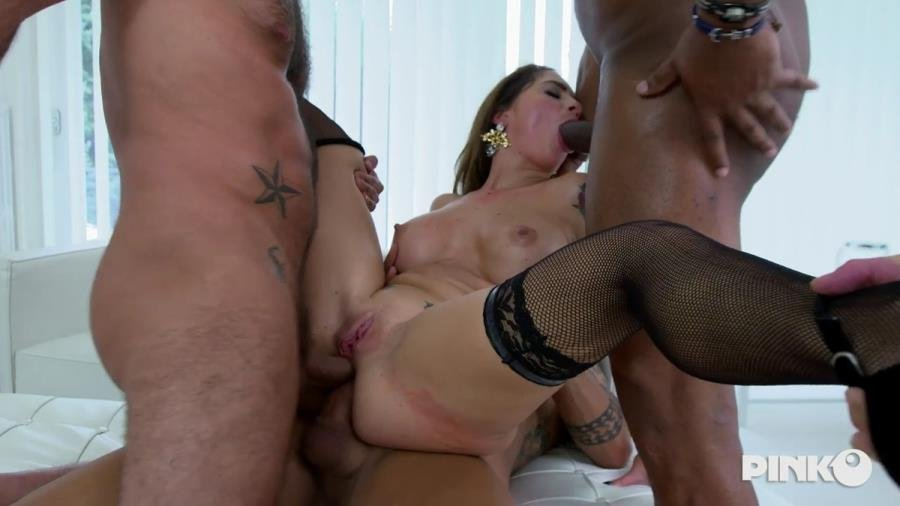 Malena - Four Cocks For The Horny (Gangbang) [SD] - PinkoClub.com