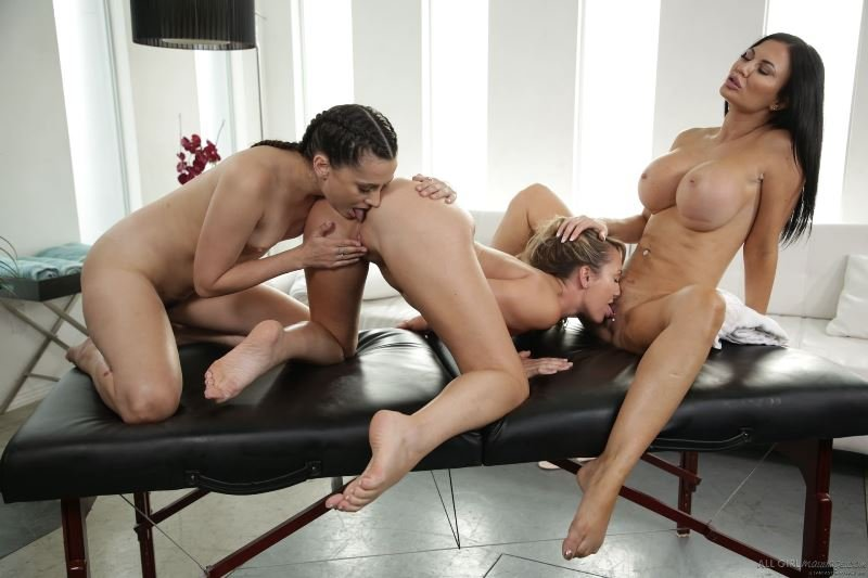 Brett Rossi, Jasmine Jae, Georgia Jones - Bring Your Daughter To Work Day () [SD] - AllGirlMassage