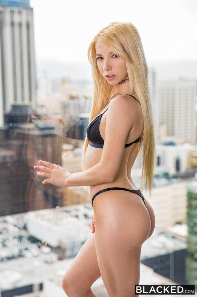 Kenzie Reeves - Ready To Work? () [SD] - Blacked.com