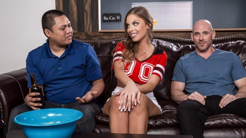 Britney Amber - Game Day Dicking (Blowjob) [SD] - RealWifeStories