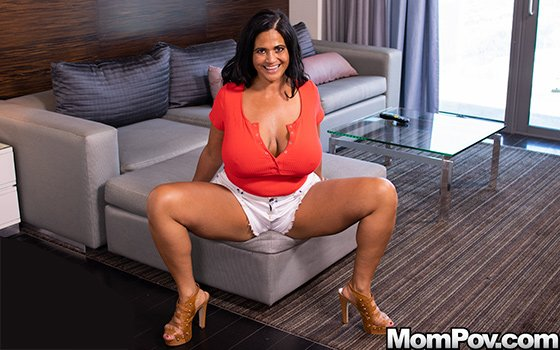 Kailani - Pawg MILF smothers you with her curves () [SD] - MomPov.com