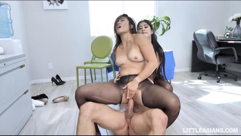 Jade Kush, Nyomi Star - Asian Labia For Lunch (Blowjob) [SD] - TeamSkeet.com