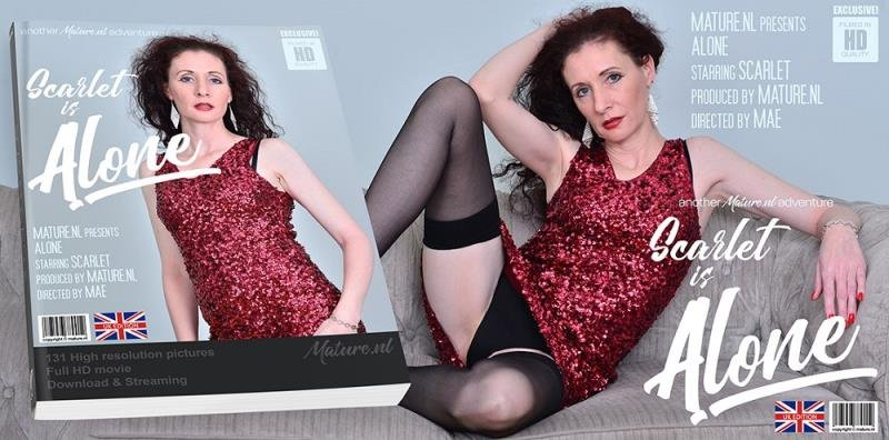 Scarlet (EU) (43) - Horny mature Scarlet loves to finger herself (Mature) [SD] - Mature.nl