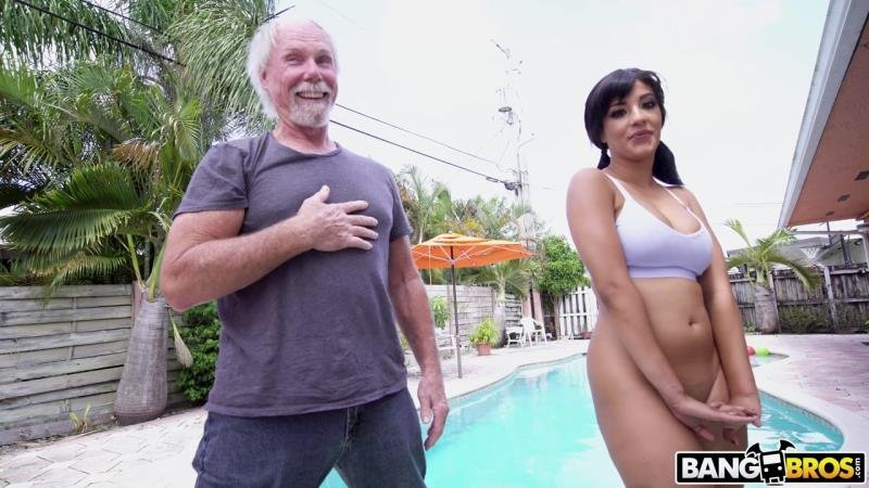 Kosame Dash - Old Man Loves The Booty (Latina) [SD] - AssParade.com / BangBros.com