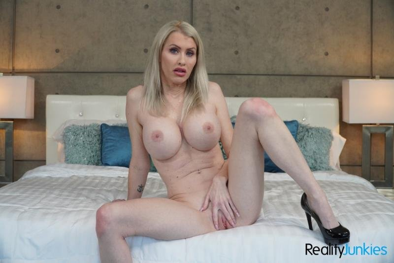 Katie Monroe - Toy Time! (Blonde) [SD] - RealityJunkies.com