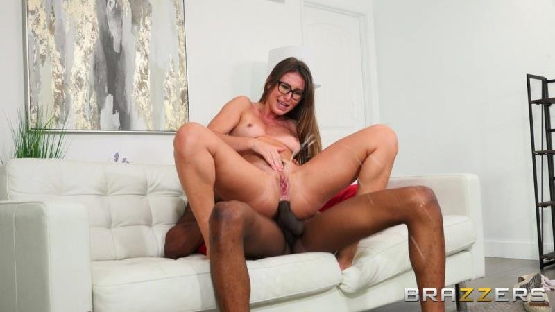 Paige Owens - End Of The World Fuck (Amateur) [SD] - BrazzersExxtra.com / Brazzers.com