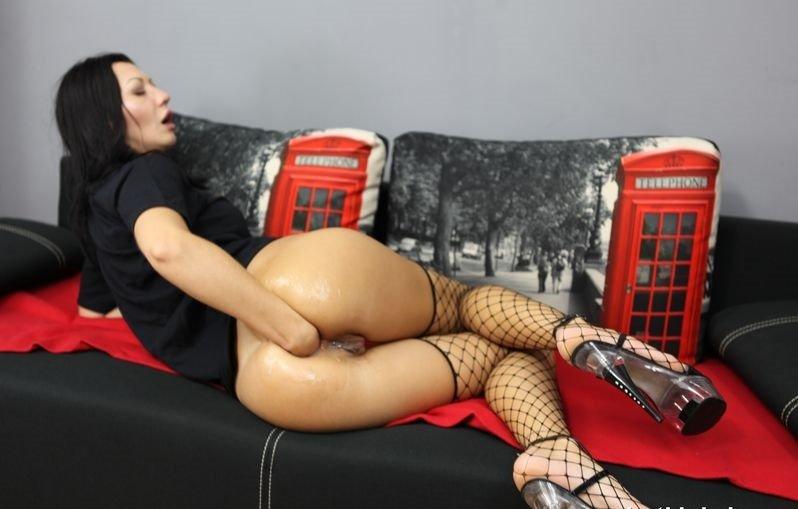 Alex extreme holly tnaflix porn pics