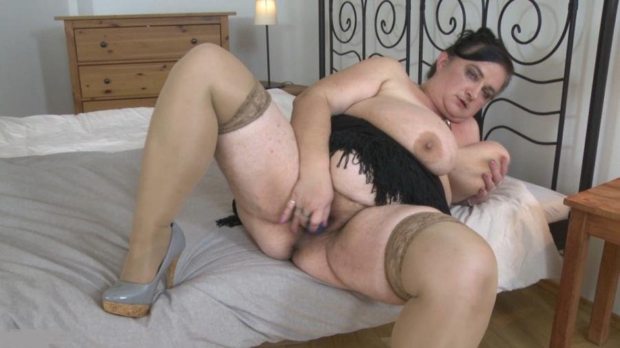 Stefanca C - Big Breasted Bbw Fingering Herself Milf -9816