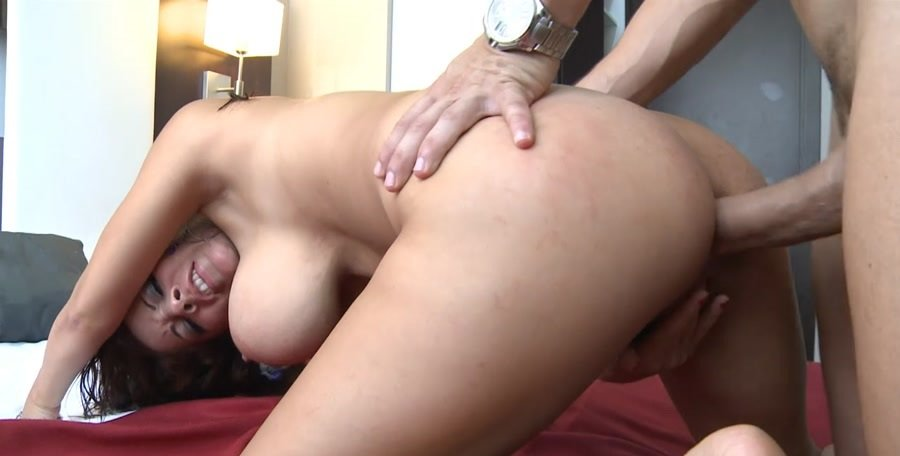 Susana Alcala - Big And In The Asshole (Milf / Big Tits) [HD 720p] - CumLouder.Com