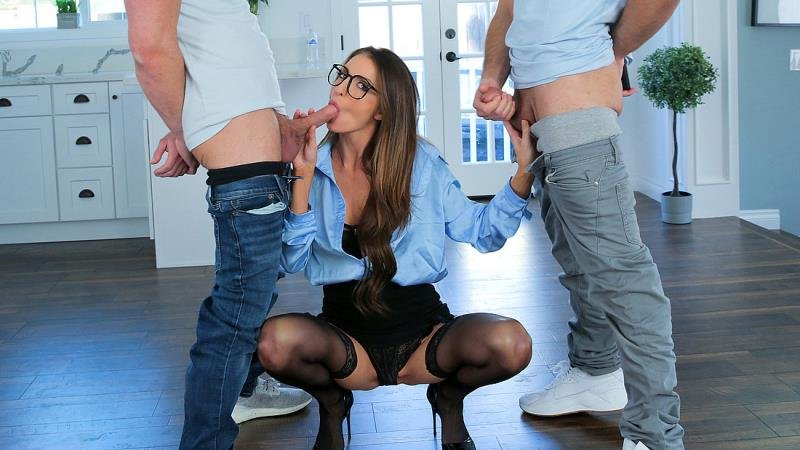 Silvia Saige - Who Wants To Be Teachers Pet (S4:E9) (Students) [SD] - TeacherFucksTeens.com